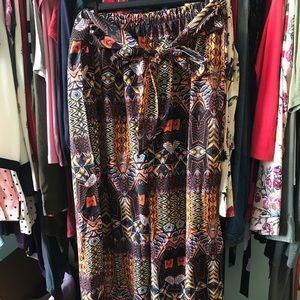 Maui Pants! NWOT. Fits up to a size 8/10